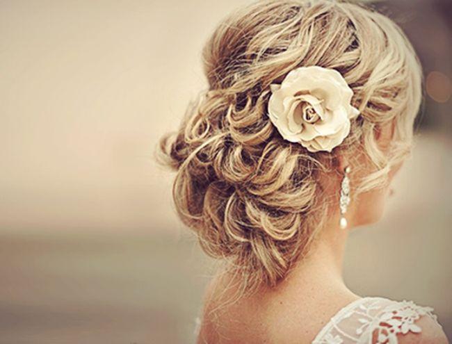 Los mejores peinados de salón de bodas que se adapten a tu tipo de cabello y textura