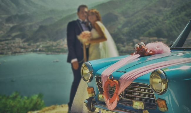 30-Debe tener fotos de la boda con su cónyuge