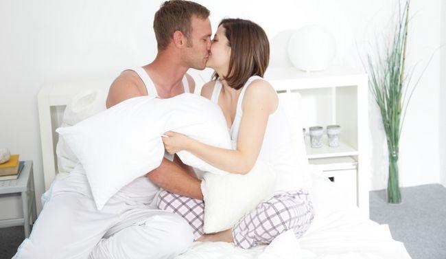 10 cosas que las mujeres como en la cama, pero no le dirá
