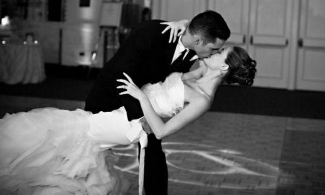 Y el matrimonio y el primer baile de las canciones más populares