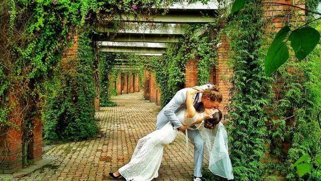 La vuelta al mundo en 38 matrimonios pareja planea gran boda en 11 países!