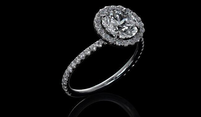 Alguna vez se preguntó cómo nació la caja del anillo de compromiso de Tiffany?