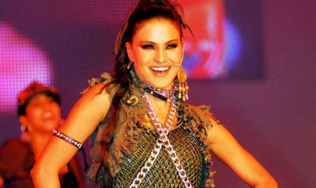 Esta es la razón Veena Malik debería ir a la cárcel por 26 años!
