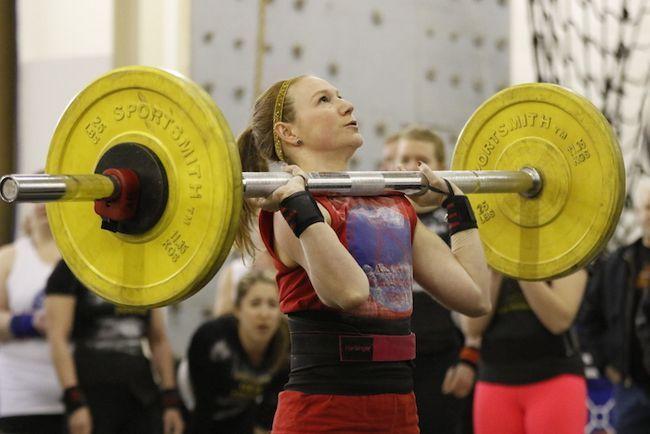 En el mundo de las mujeres de los badass competidores Strongman
