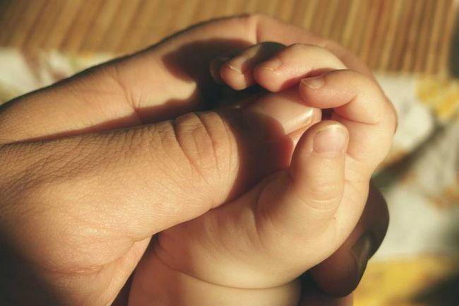 Lecciones que sabía que enseñan a mi hija - padre un regalo, envuelto con amor
