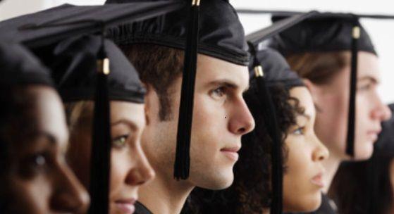 Lo que hace que los nuevos graduados de las principales empleados?