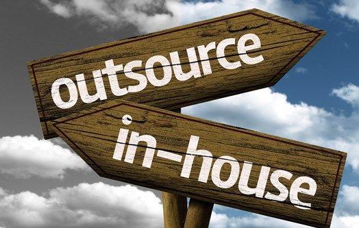 ¿Qué tareas debe ser subcontratados a la negocio en casa