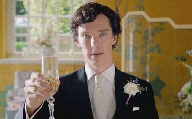 Dando brindis de la boda?
